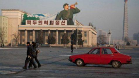 Dacia 1310, rătăcită pe străzile din Coreea de Nord