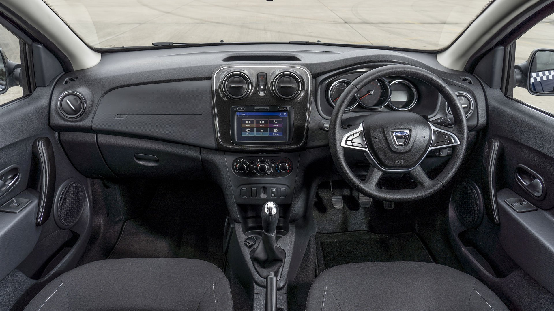 Dacia-Logan-MCV-taxi-cabin