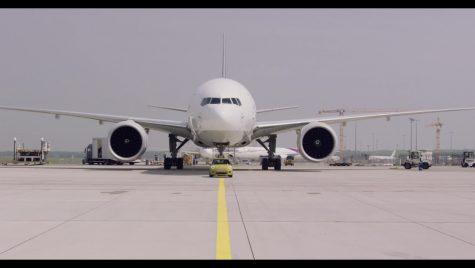 MINI electric cu forță MAXI. Tractează o aeronavă de 150 de tone!