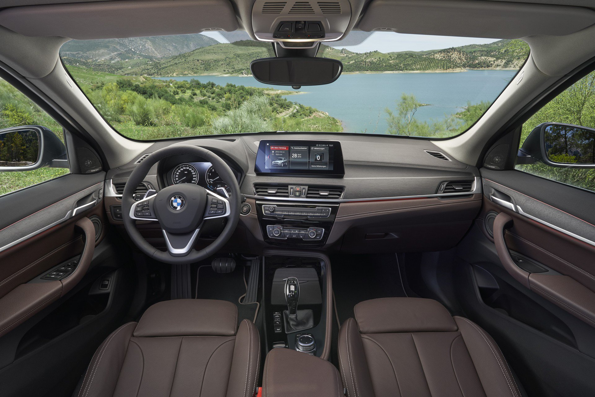 Noul BMW X1 facelift (8)