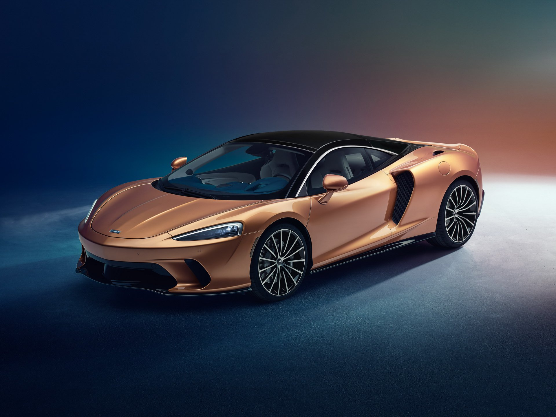 Noul McLaren GT (14)