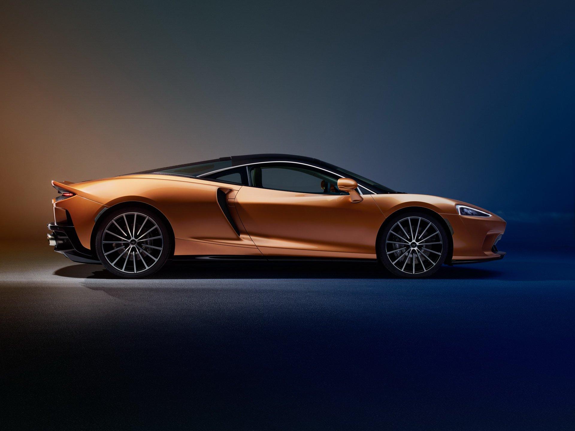 Noul McLaren GT (7)