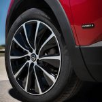 Opel Grandland X Hybrid4 (1)