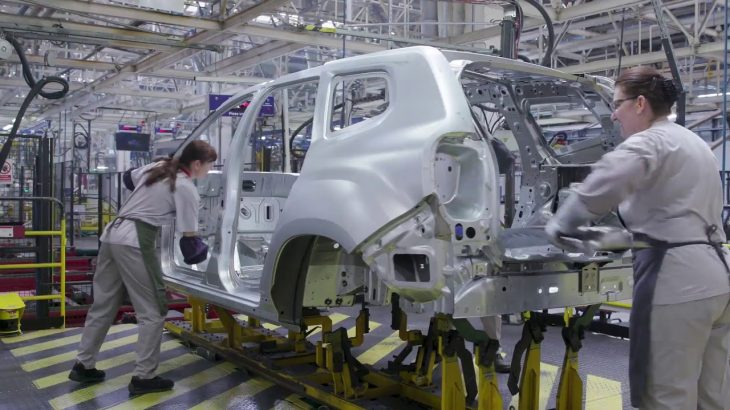 Cresc salariile la Dacia. Câți bani primesc angajații?