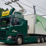 S-a deschis prima autostradă cu bandă specială de încărcare a vehiculelor electrice