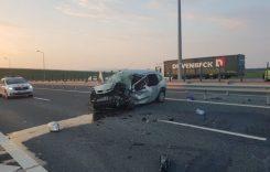 Accident incredibil! A intrat pe contrasens pe autostradă și a făcut carnagiu!