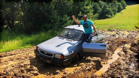 """Cu Dacia 1410 în off-road, înainte de a deveni donator de """"organe"""". VIDEO"""