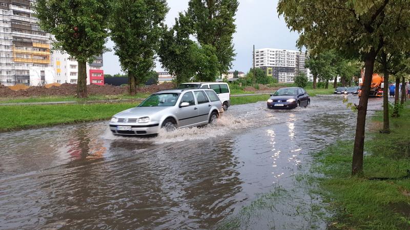 Furtună Oradea (5) cod roșu