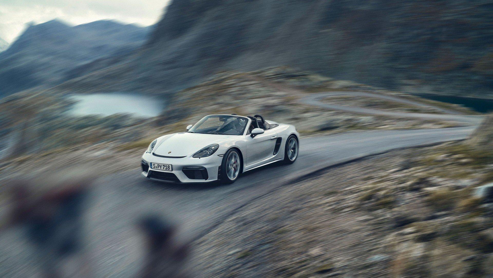 Noile Porsche 718 Boxster Spyder și 718 Cayman GT4 - Informații și fotografii oficiale (11)