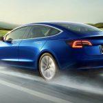 Un german a comandat 27 de exemplare Tesla Model 3 din greșeală