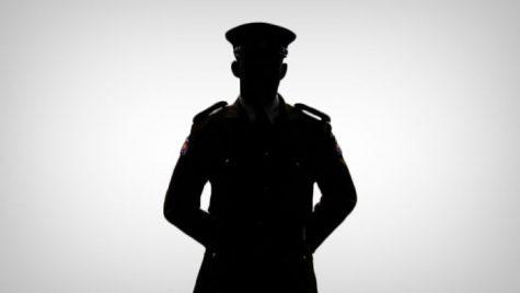 El este polițistul sexy care a refuzat să ia mită de la un șofer
