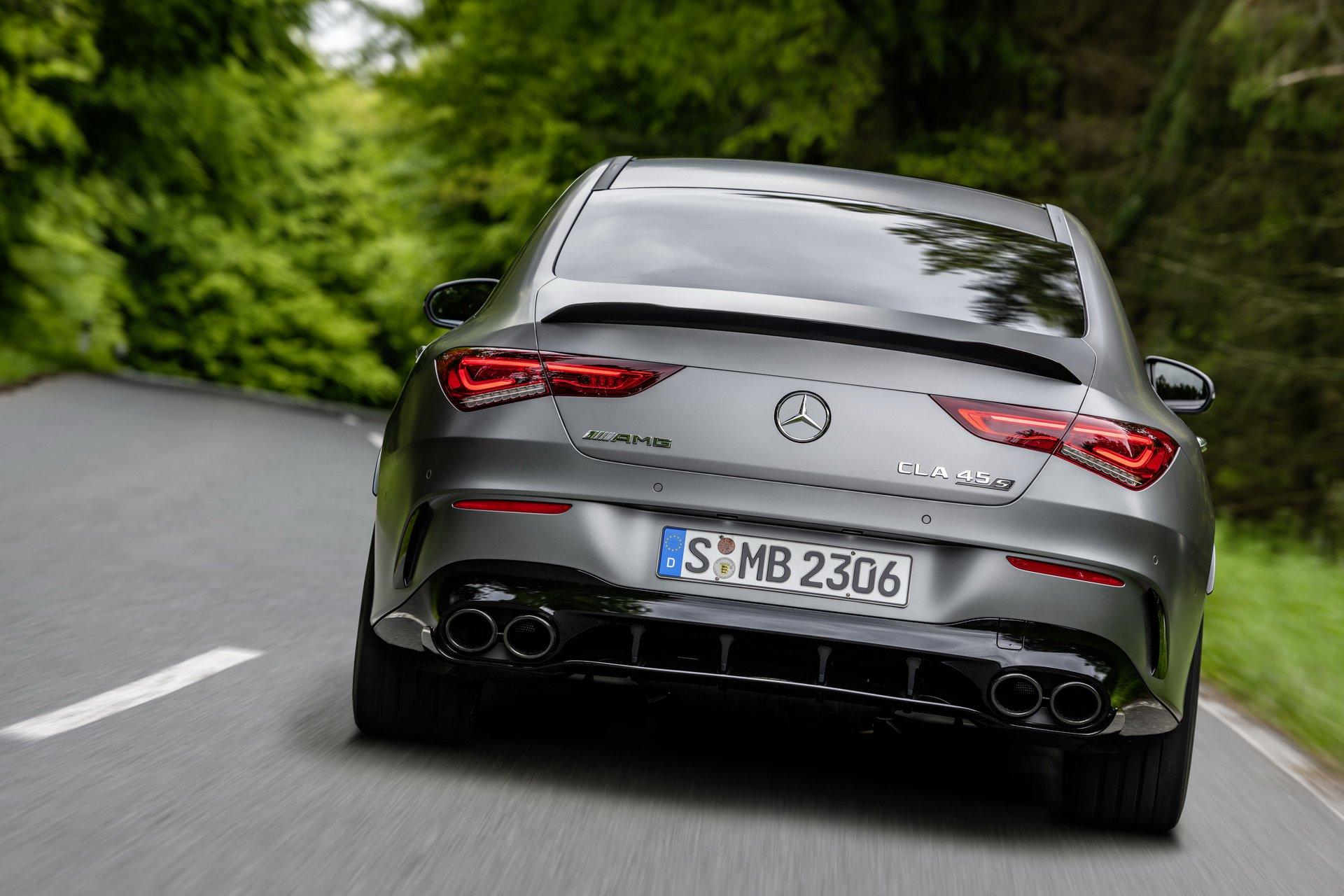 Mercedes-AMG CLA 45 7