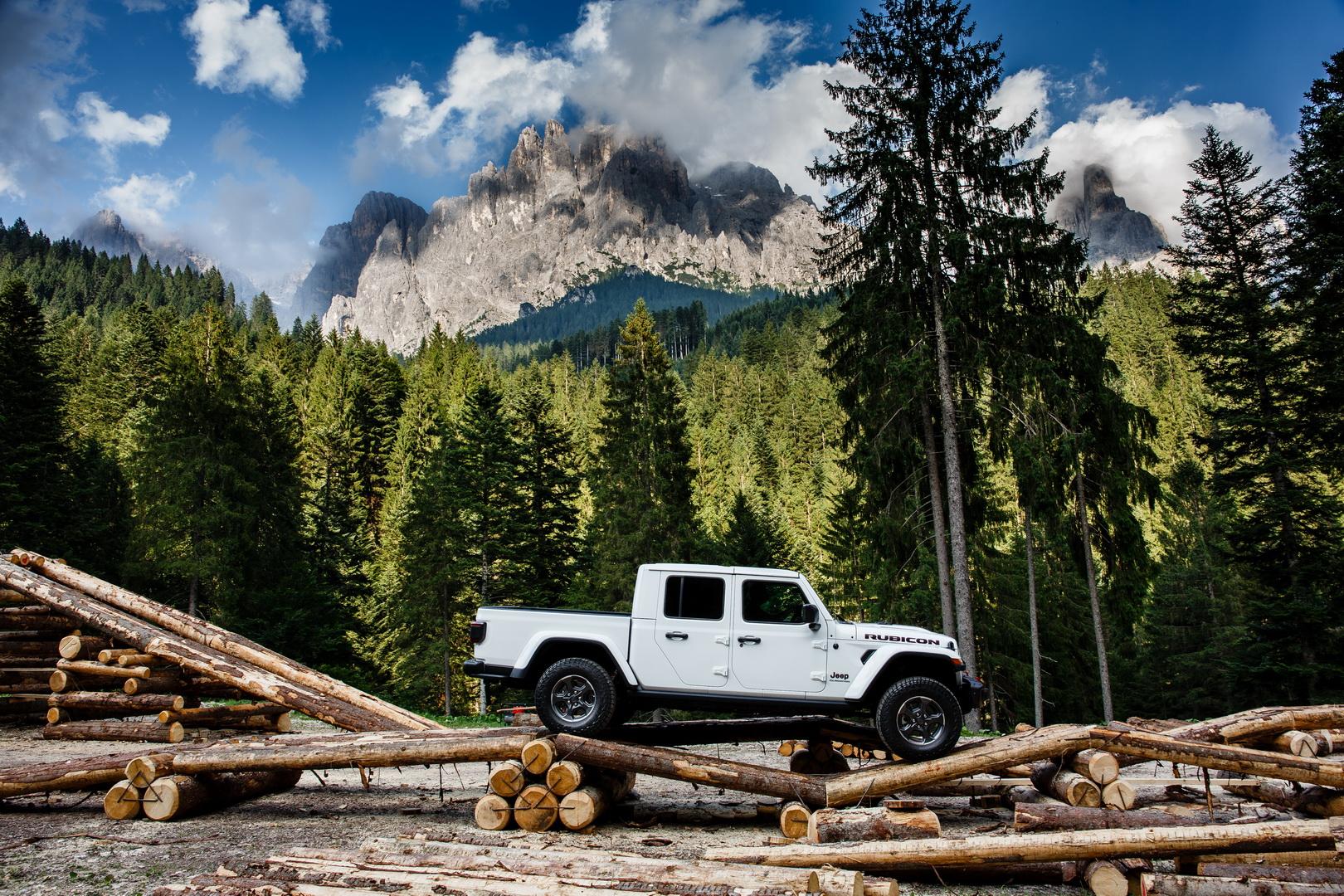 Noul Jeep Gladiator (3)