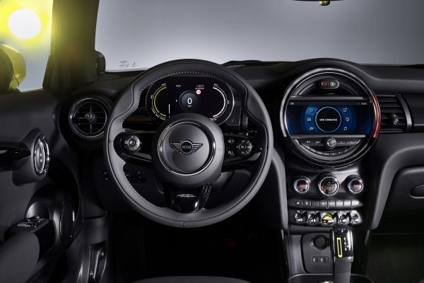 Noul MINI Cooper electric (12)