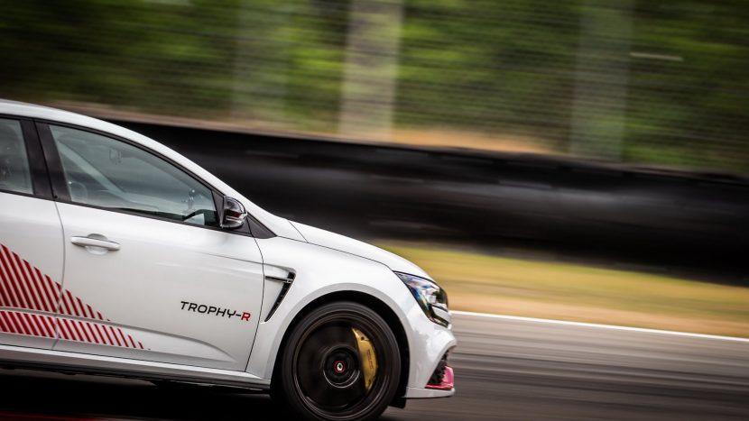 Renault Megane RS Trophy-R (17)