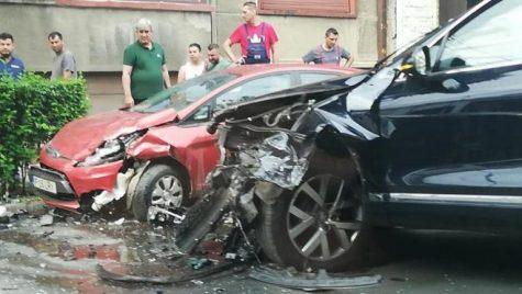Ministrul Răzvan Cuc a ajuns la spital! Accident în București. Cine a fost de vină?