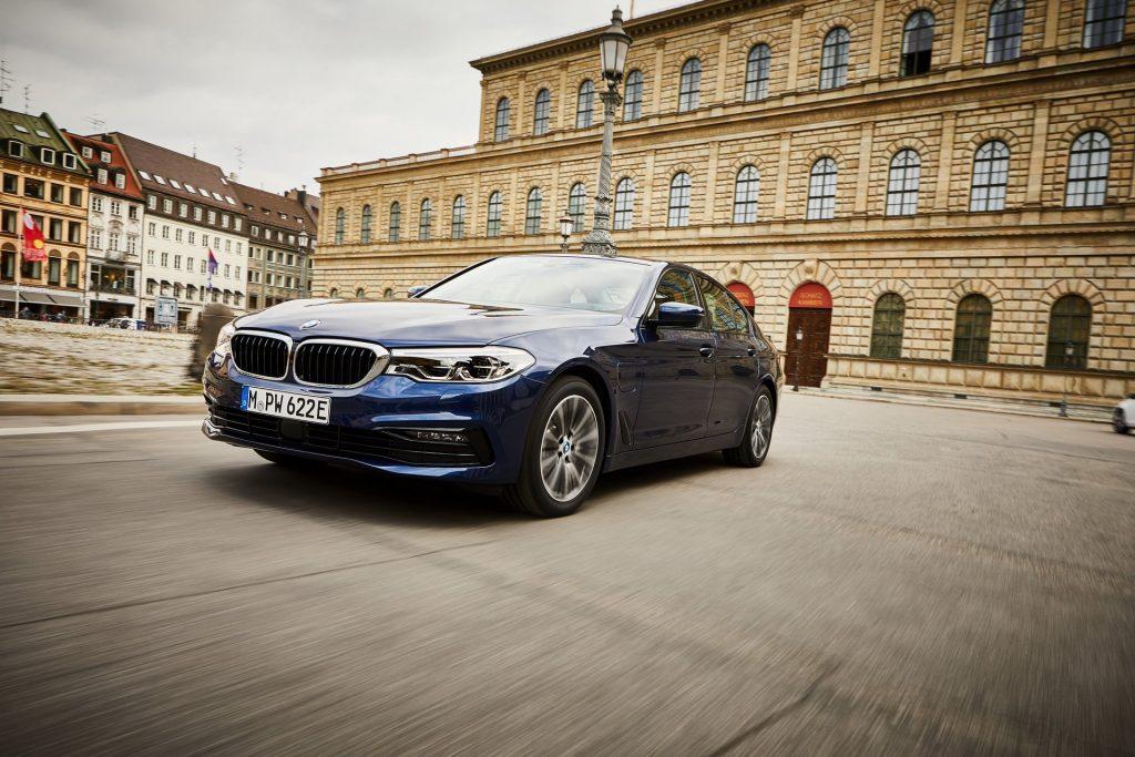 BMW 530e (2)