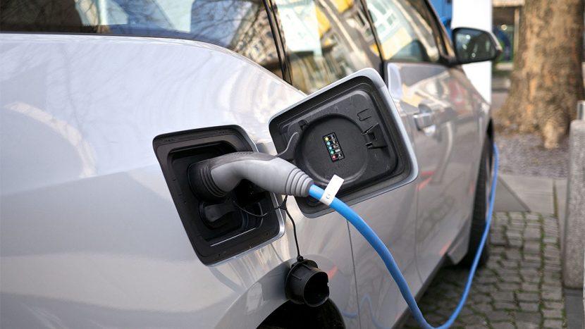 mașină electrică
