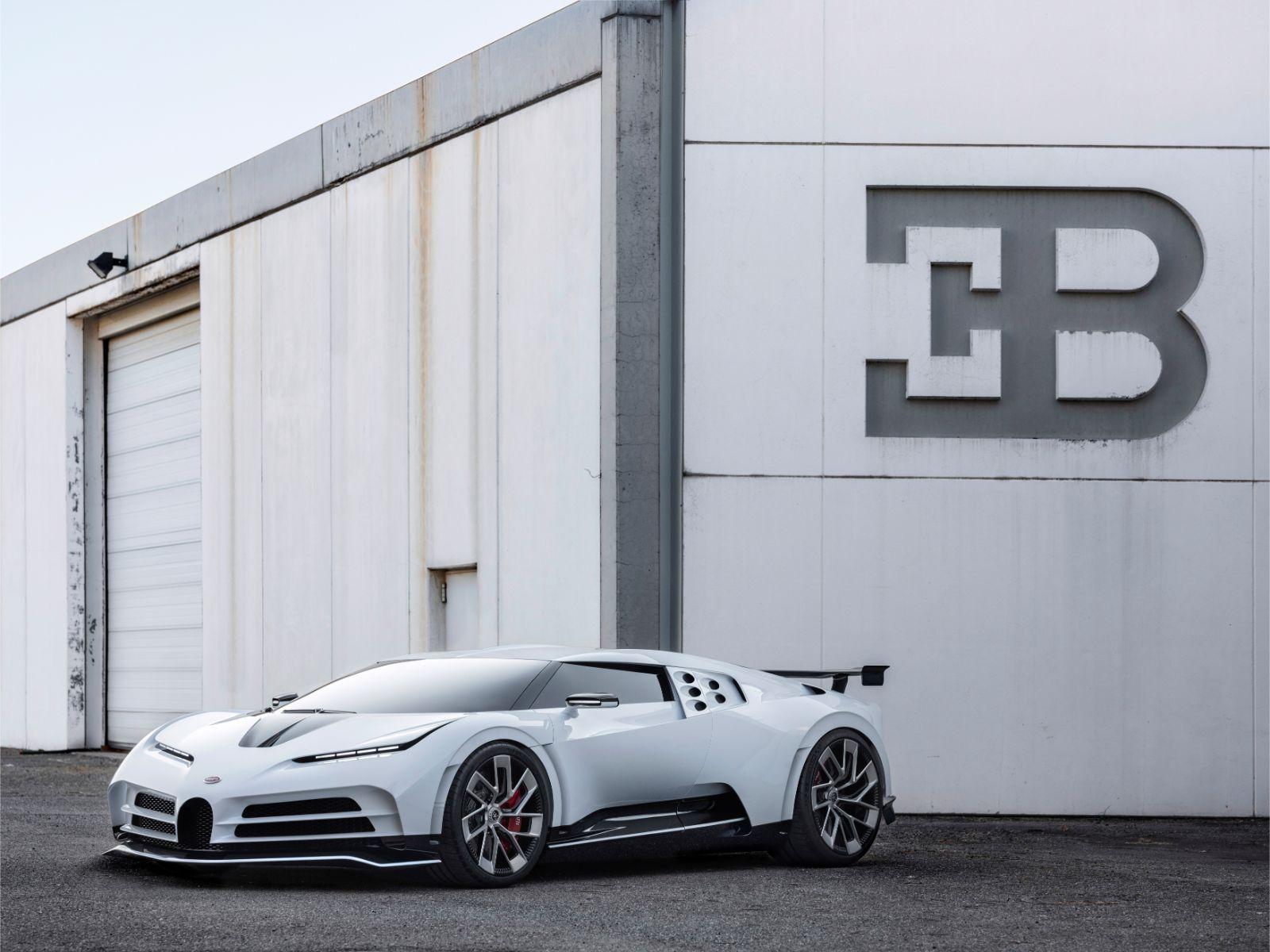 Bugatti Centodieci (1)