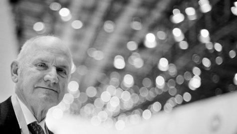 Ferdinand Piech s-a stins din viață. S-a prăbușit într-un restaurant din Germania