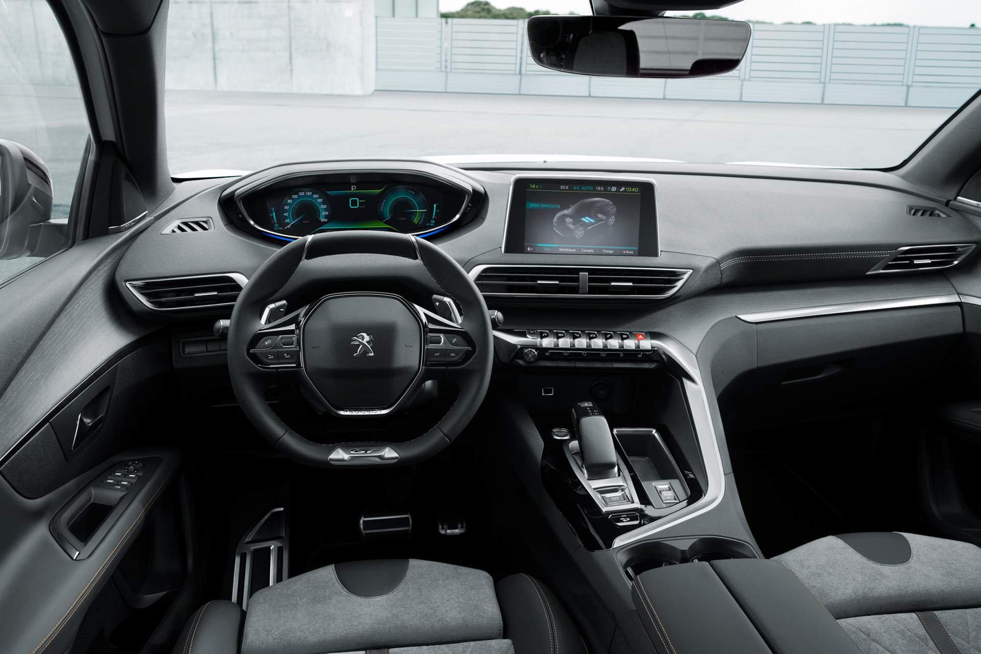 Peugeot 3008 GT Hybrid4 (1)