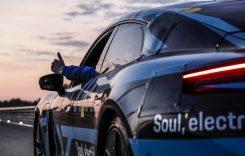 Ce record a reușit Porsche Taycan încă înainte de a fi dezvăluit?