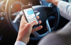Noi sancțiuni pentru șoferii care folosesc telefonul în timp ce conduc