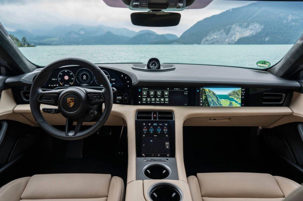 Porsche Taycan (22)