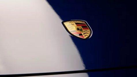 Porsche mai construiește o mașină electrică