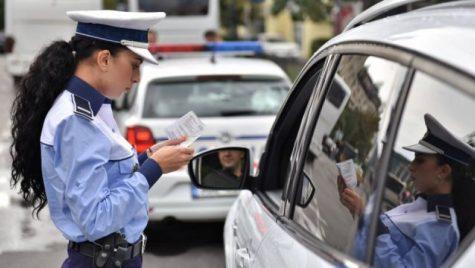 EXCLUSIV B1.ro: Poliția Rutieră explică în ce mod poți utiliza dispozitivele mobile la volan, din octombrie