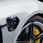 Porsche Engineering dezvoltă în România tehnologii pentru automobile electrice