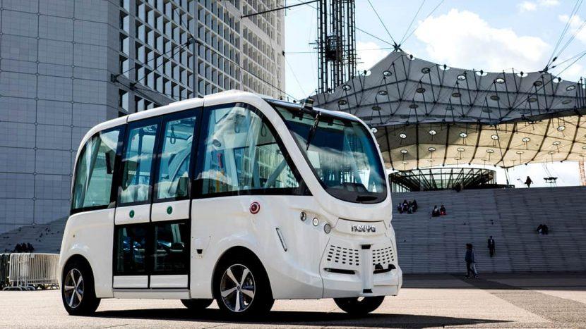 autobuz autonom