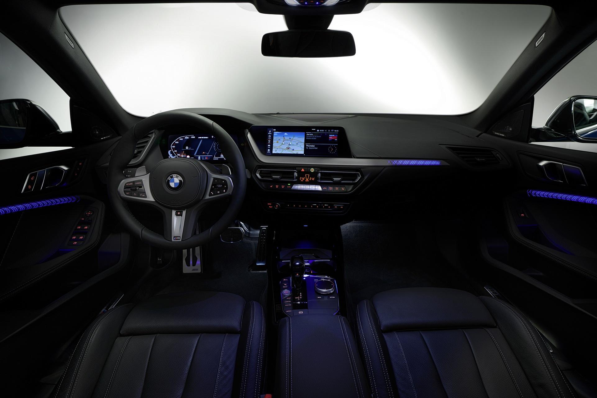 BMW Seria 2 Gran Coupe (40)
