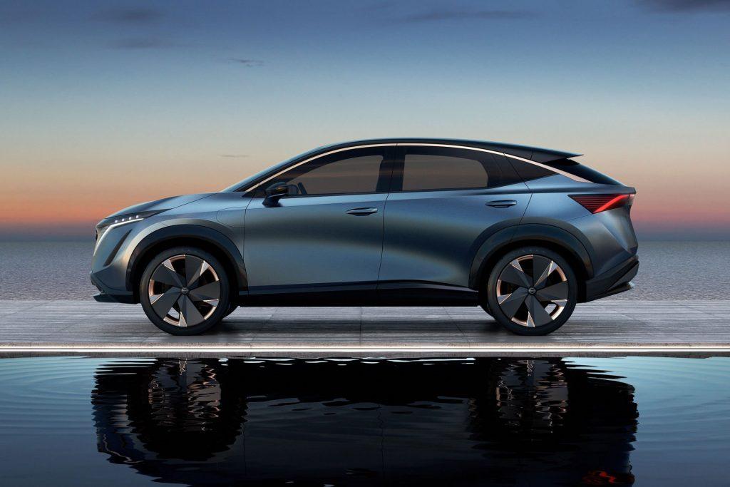 Conceptul Nissan Arriya (10)