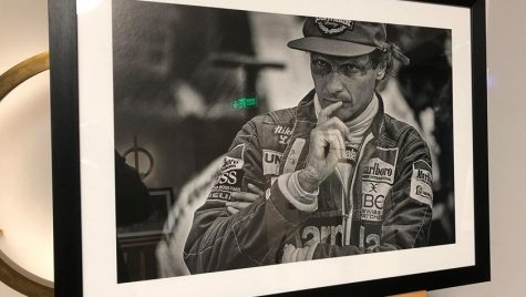 Waiting by Richard Kelley: o expoziție de fotografie dedicată pasionaților de Formula 1
