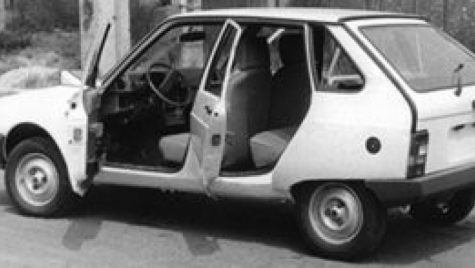 OLTCIT: Una dintre cele mai URÂTE maşini din România – OLTCIT în 4 portiere