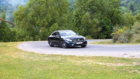 Test Mercedes-Benz C 300 d 4Matic: Uzina de forță