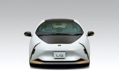 Toyota prezintă conceptul LQ – un automobil electric autonom dotat cu inteligență artificială