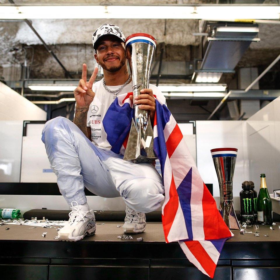 Lewis Hamilton (1)