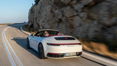 Noul Porsche 911 poate fi echipat și cu transmisie manuală