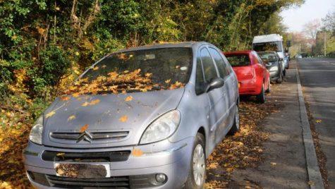 Mașinile abandonate ar putea fi ridicate și vândute de către stat
