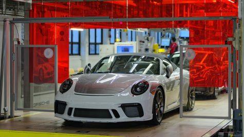 Porsche a produs ultimul exemplar 911 din generația 991
