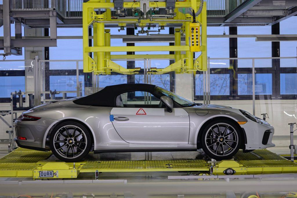 Porsche a produs ultimul exemplar 911
