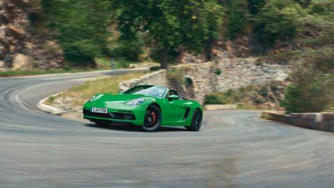 Porsche lansează versiunea GTS 4.0 pentru 718 Cayman și 718 Boxster