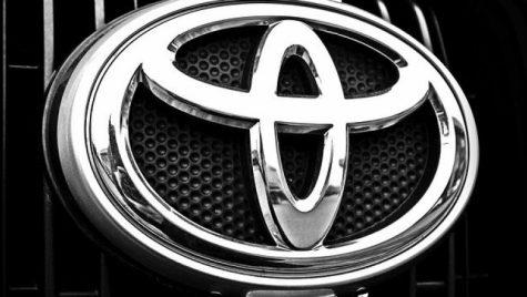 Toyota va opri temporar toate fabricile din Europa și Rusia