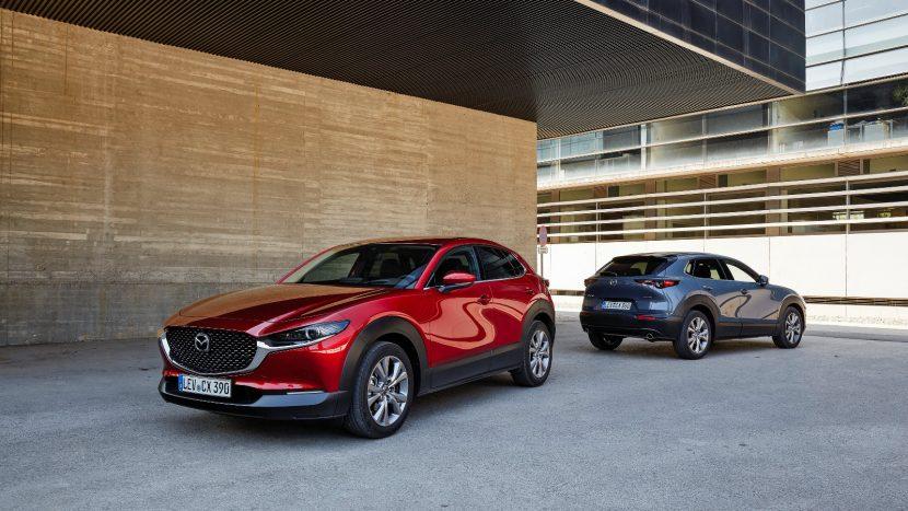 Mazda3 și CX-30 sunt disponibile în România cu Skyactiv-G150