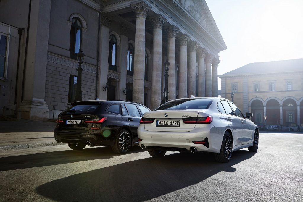 BMW introduce M340d xDrive Sedan şi Touring