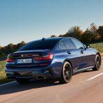 BMW introduce M340d xDrive Sedan şi Touring