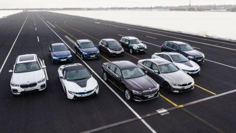 Noua gamă de modele BMW Plug-In Hybrid: de la BMW 225xe Active Tourer la BMW X5 xDrive45e