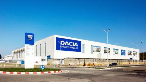 Dacia suspendă extinderea uzinei de la Mioveni. Economia României afectată